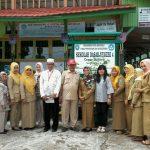 Praktik Manajemen Berbasis Sekolah Model MPT di  Sekolah Pinggir Pantai